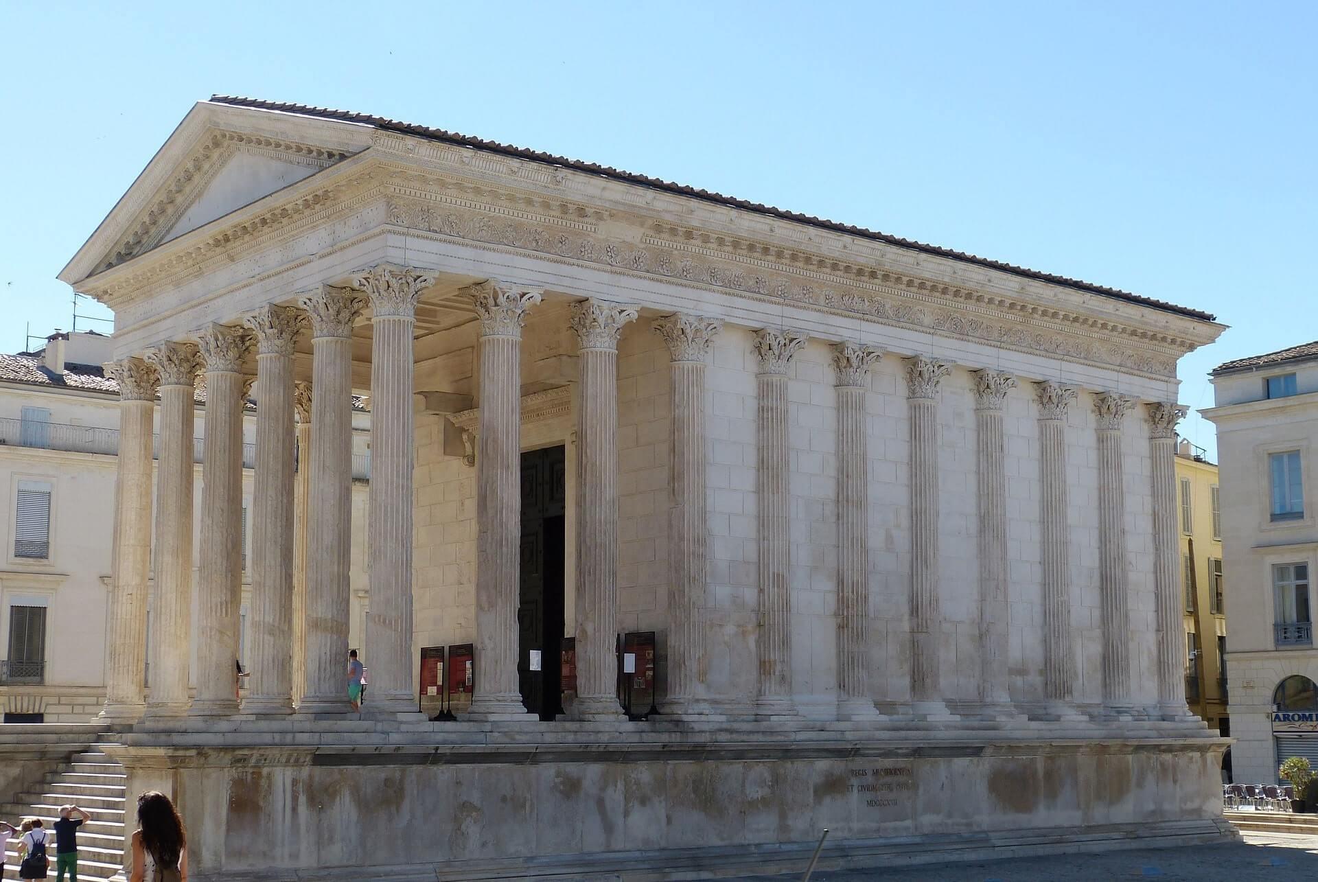 Tempel in Nîmes
