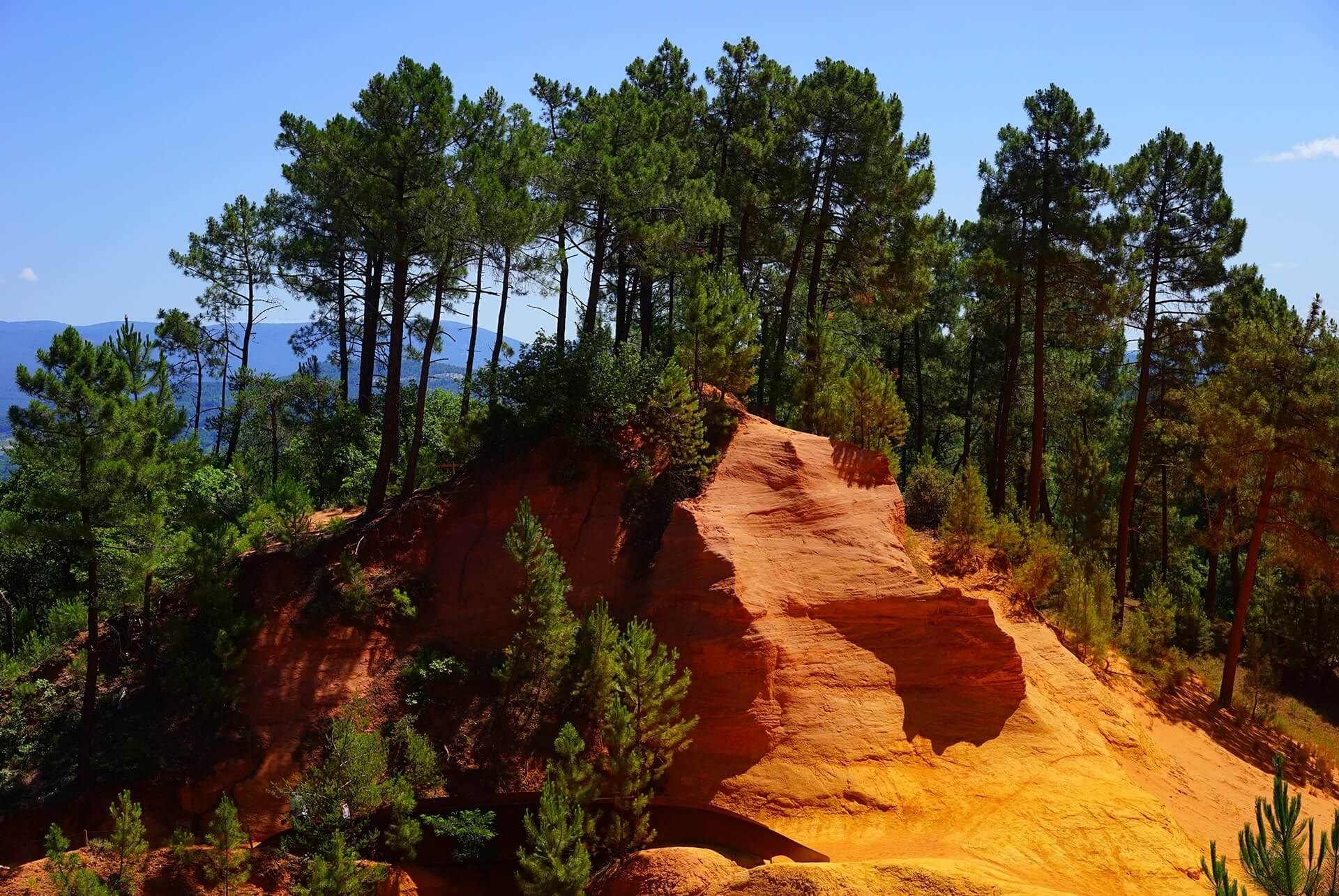 Ockerfelsen Roussillon